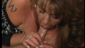 Mature German hooker 2/2