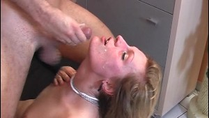 Pretty girl likes to see cock cum