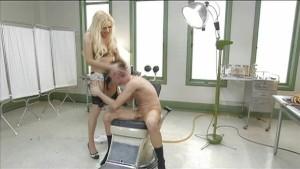 TS vixen Jessy plays with Bi-c