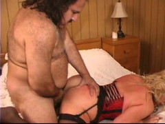 Ron Jeremy makes love to a mature buxom woman - Pt. 4/4