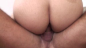 She likes licking dick (CLIP)