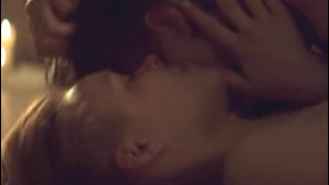 Nude actress Rachel Mcadams in sex scene