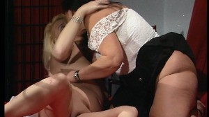 Two big boned lessies rubbing each others tits