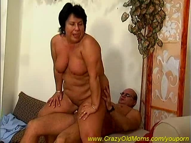 Mom sex old