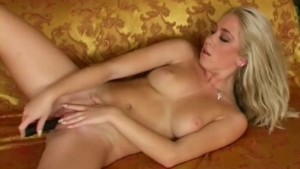 hot girlfriend playing with tw