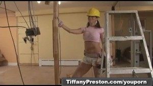 Busty contractor get facial pa