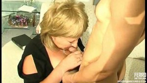 Plump mature fucked by asian g