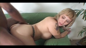 Blonde nailed real hard forom black guy [CLIP]
