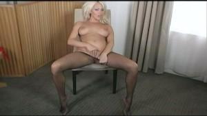 Bigtits and pantyhose