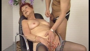 Mature lady showing off her skills