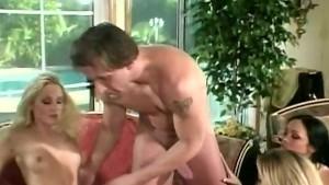3 Hot Babes Sucking, Fucking a
