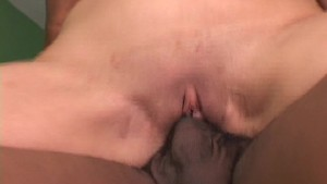 She needs his cum on her face