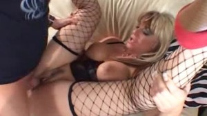 Blond mom screwed dep..in her