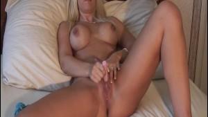 Karlie Simon Real Masturbation and Orgasm