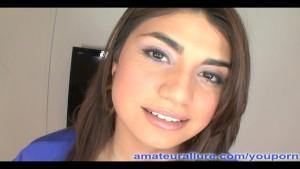 Latina Coed Gives Killer Head!