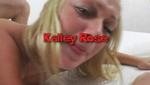 Kelley Rose shows all