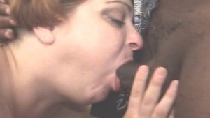 LLesbian eating pussy and suck