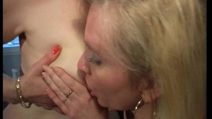 Older red head swallows some c