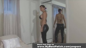 Jerking off on round butt in latex pants