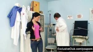 Gyno doctor speculum examines Sandra