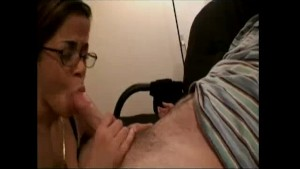 Busty girlfriend gets face covered with HUGE load!