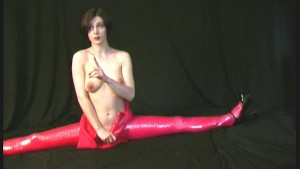 Flexible Xenia strips in rubber dress