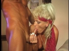 - Hot mature woman still...