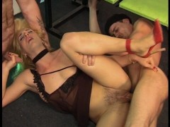 Horny MILF gets a real hard workout (clip)