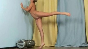 Hot amateur stripping and stre