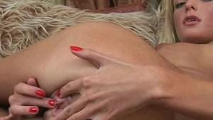 18yo Blonde Gapes her Pussy Wide Open