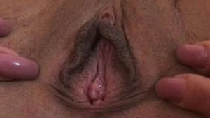 Aroused & pulsating vagina and anus closeup!