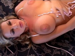 Vickie is a dirty girl loving other girls pussy