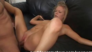 Blonde Amateur Babe Fucking in