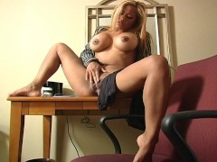 Picture Maxine shoves her black pantyhose into her p...
