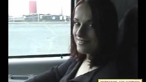 Cheap hooker sucking dick in a car