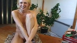Hot blonde girl takes it up th