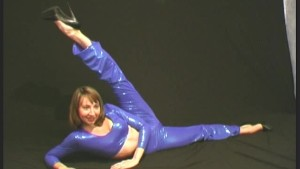Flexible Elza in spandex (movi