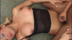 This Tranny Knows How To Please A Man - Latin-Hot