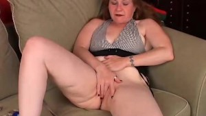 Mature woman has an orgasm