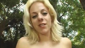 Blondie Anal Creampied Outdoor