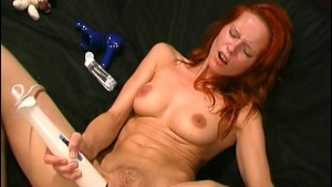 Babe Moans With Vibrator - Love Toy Test