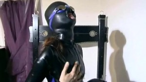 Latex sub does what she's