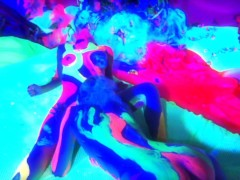 Gen Padova and Lain Oi in UV bodypaint - Mavenhouse