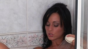 Gorgeous Simone in the shower - CzechSuperStars