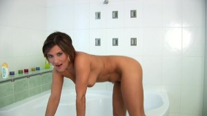 Valentina oiled up in the bathroom - CzechSuperStars