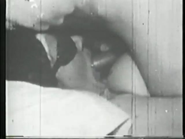 Classic sucking and fucking from the golden age - Gentlemens Video