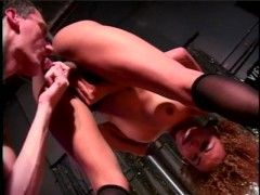Private Shemale Dancer Gets a Good Tip - Gentlemens Video