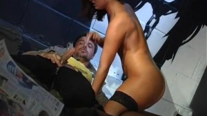 Hobo gets some loose pussy - Pandemonium