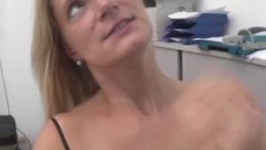 Mature amateur wife blowjob with cumshot