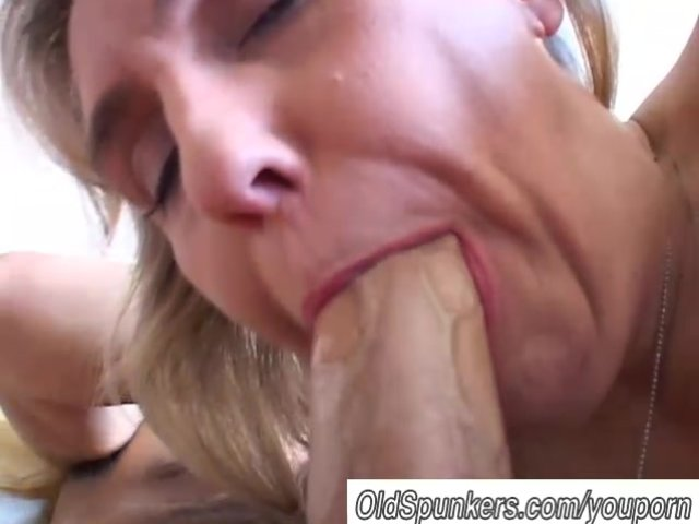 image Busty chole gives blowjob and getting banged